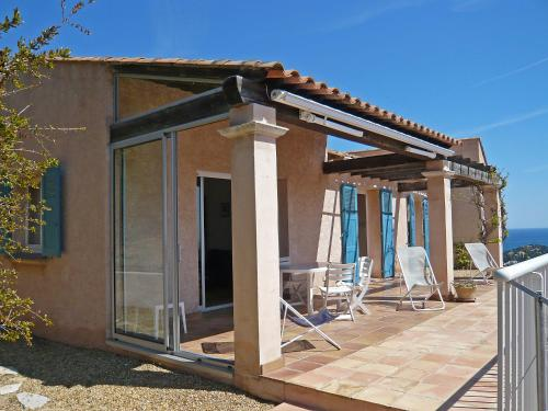 Holiday Home Posidonie Cavalaire sur Mer