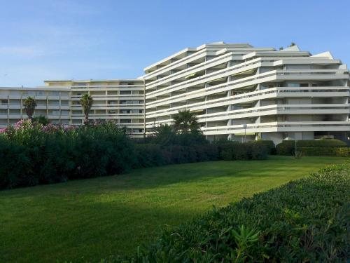 Apartment Le Beaupre IV Canet Plage