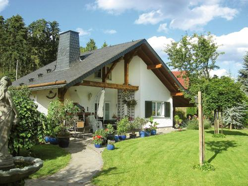 Holiday Home Haus Schwallenberg