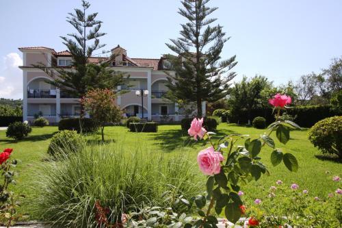Sofia - Yiota Studios & Apartments
