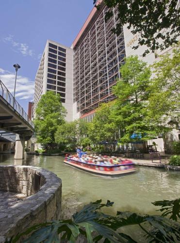 Hyatt Regency San Antonio Riverwalk Hotel