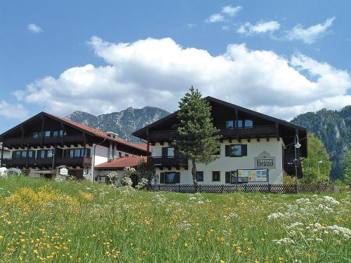 Resort Alpina.1