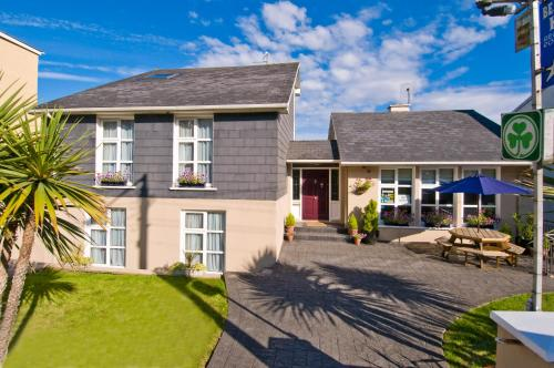 Photo of Beach Haven B&B and Self-Catering Hotel Bed and Breakfast Accommodation in Tramore Waterford