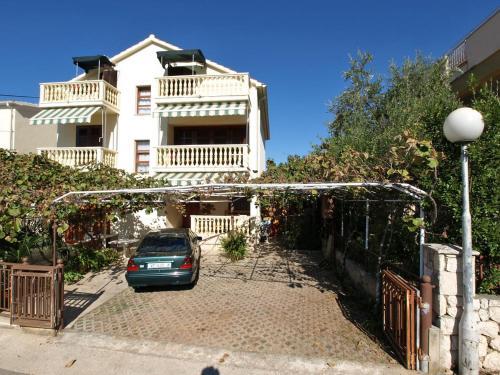 Apartment Andrije Buvine 7.2