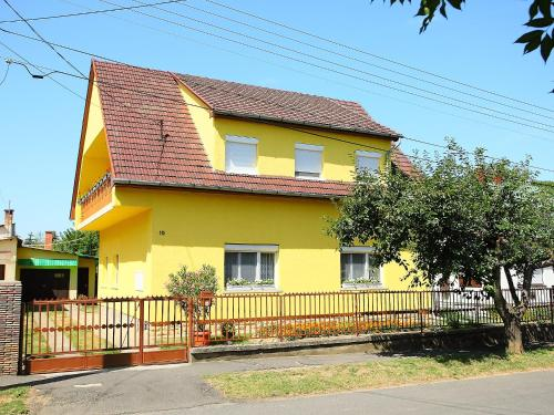 Holiday Home Balaton A2011