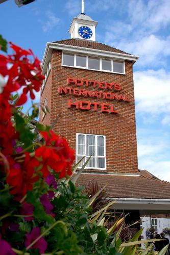 Potters International Hotel hotel in Aldershot, Hampshire