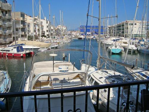 Apartment Port Primer I Empuriabrava