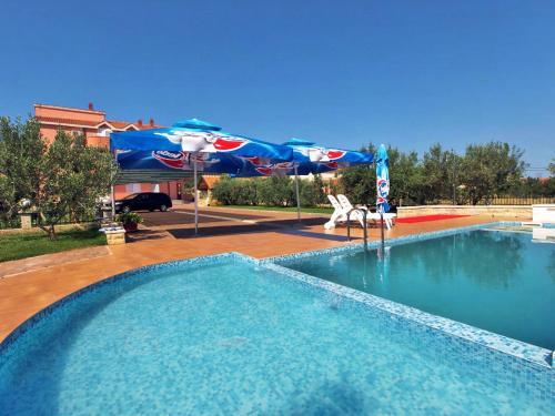 Holiday home Nevidane 8