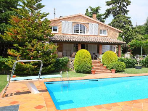 Holiday Home La Garriga 10+2