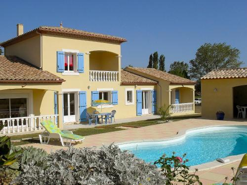 Holiday home Maison Arzens Arzens