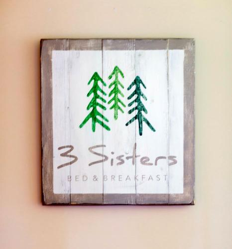 More about 3 Sisters Bed & Breakfast
