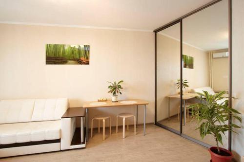 Отель Apartment Studio on Privokzalnaya Ploschad 0 звёзд Россия