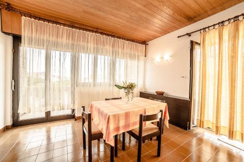 Apartment Tonci 1540