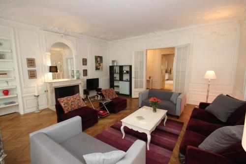 FG Apartment - Arc-de-Triomphe, Avenue Victor Hugo - 0