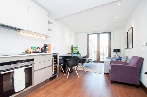 St Dunstan's Luxury Apartment