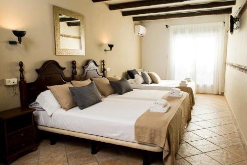Habitación Cuádruple con balcón El Balcon de las Nieves 9