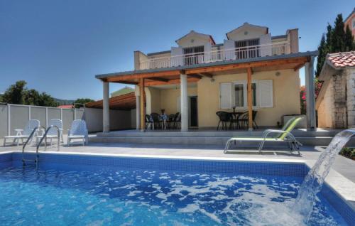 Holiday home Sevid Miline Donje
