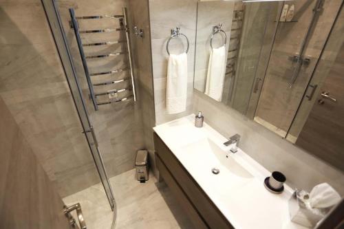 Отель Apartment Dubois d'Angers-Croisette 0 звёзд Франция