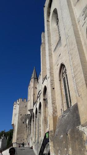 Appartement Avignonnais Ensoleille