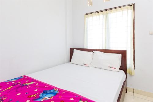 HotelRedDoorz @ Pulau Galang Denpasar