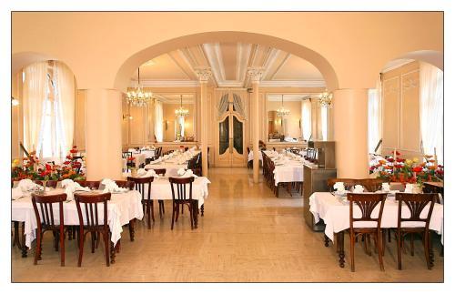 Hotel Saint Julien Lourdes