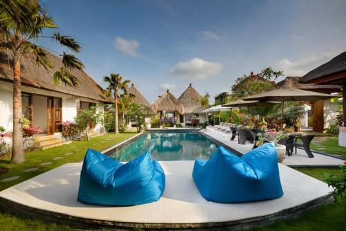 Twelve-Bedroom Villa with Private Pool