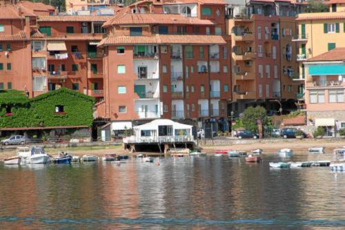 foto Bi Hotel (Terrarossa (Monte Argentario))