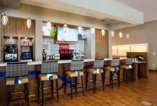 Springhill Suites By Marriott Orlando At Flamingo Crossings/western Entrance