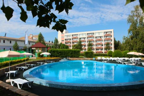 Stay at Alians Hotel Samarskiy