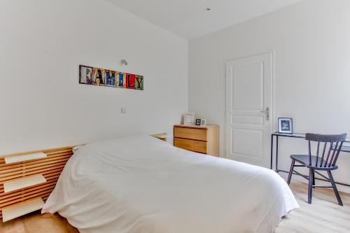 35 - Luxury flat Grands Boulevards