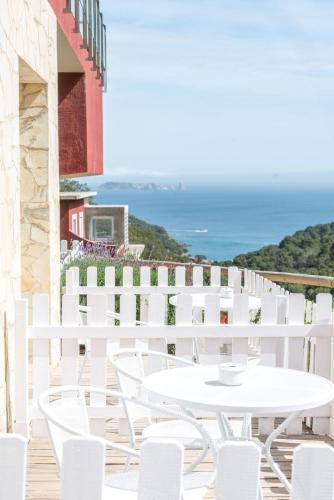 Habitación Doble Deluxe con terraza Es Cel de Begur Hotel 2