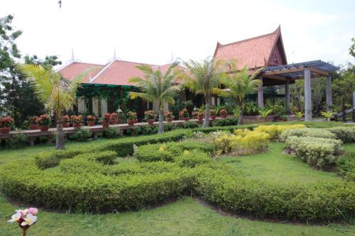 Samrith Hotel