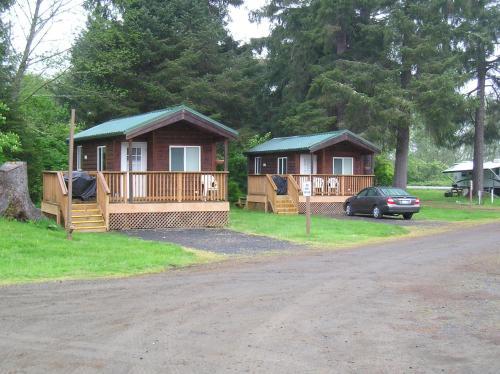 Seaside Camping Resort Deluxe Studio Cabin 1 Chinook Washington