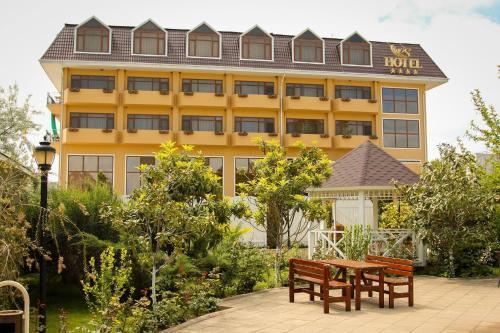 Отель River Side