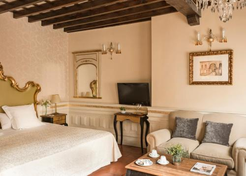 Junior Suite Hotel Casa 1800 Granada 6