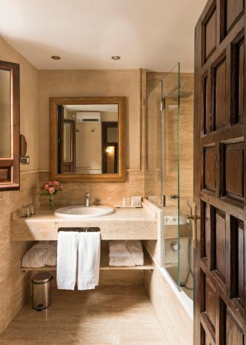 Habitación Superior Hotel Casa 1800 Granada 1