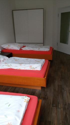 easy-bedsit Apartment 3 photo 10