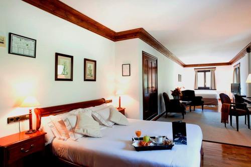 Superior Doppelzimmer (4 Erwachsene) Hotel de Tredòs 11