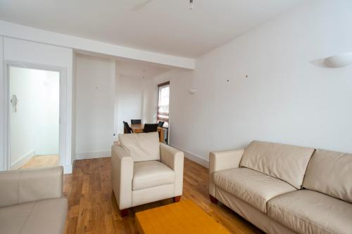 Penthouse style 2 bed in Covent Garden