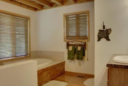 Casa Vacanze con 4 Camere (Four-Bedroom Holiday Home)