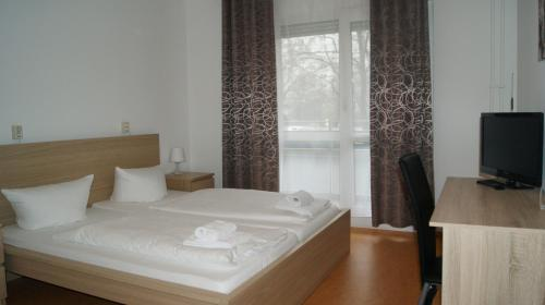 Hotel Pension Eberty photo 25