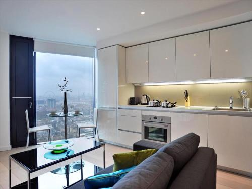 Strata Luxury Apartment London