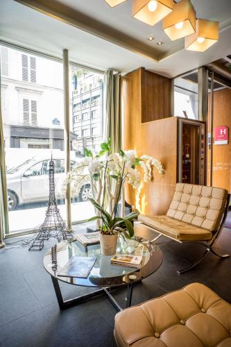 Art Hôtel Batignolles