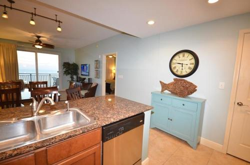 Sterling Breeze 2104 Condo