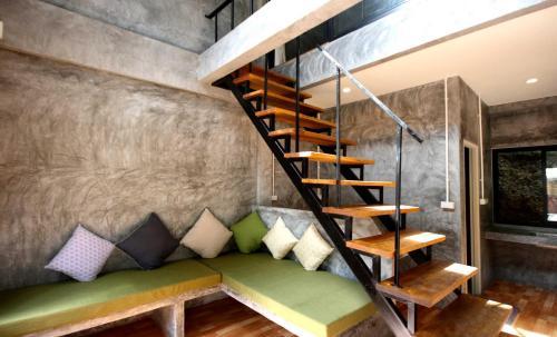 HotelAonang Lodge