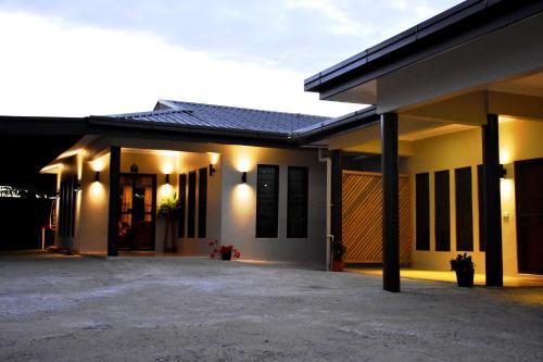 Westfield Homestay Fiji