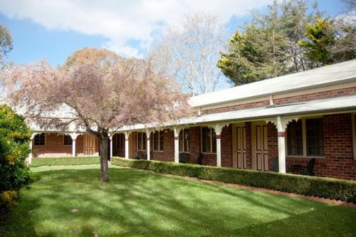 The Carrington Inn - Bungendore