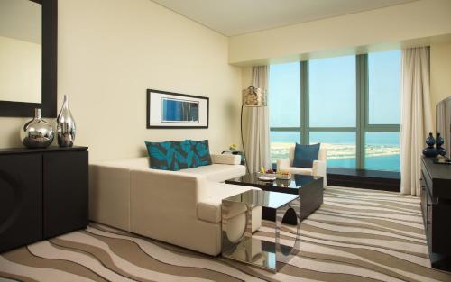 Sofitel Abu Dhabi Corniche photo 57