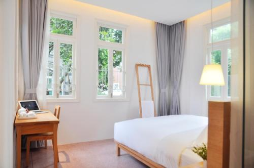 Kamar Double 201 dengan Pemandangan Halaman (201 Double Room with Courtyard View)