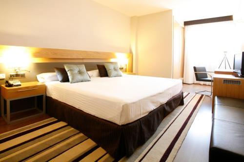 Отель Hotel Guadalmedina 4 звезды Испания